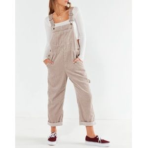 URBAN OUTFITTERS CORDUROY OVERALLS